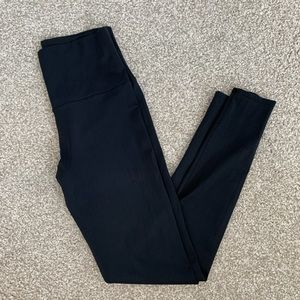 ONZIE High Rise Black Legging Sz M/L